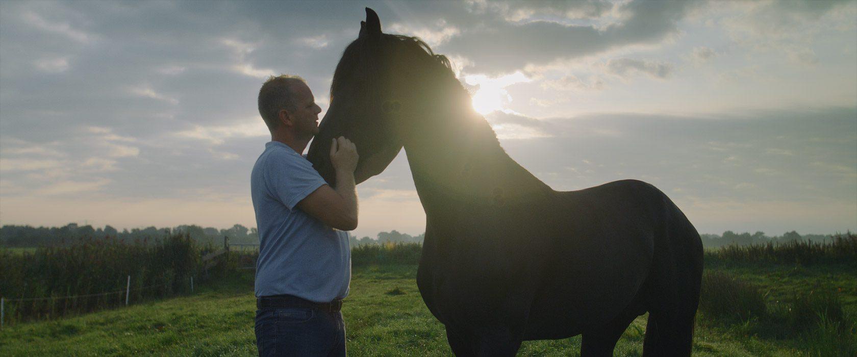 film_still_horses1_1680x700